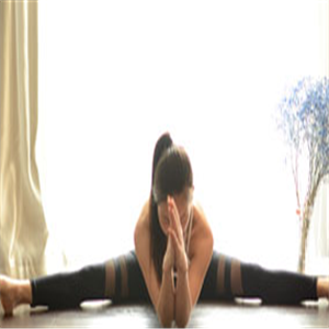 西安静心瑜伽培训