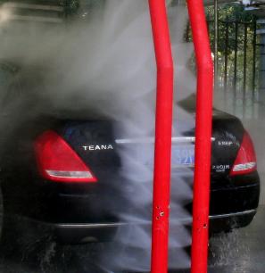 水斧全自动洗车机洗后面