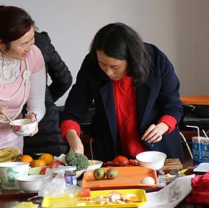 大学育婴师培训中心配餐