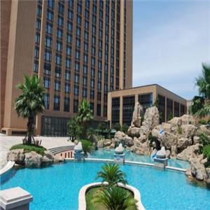 恒元大酒店泳池