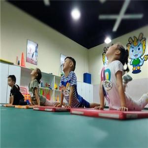 迈可迪儿童运动馆练习