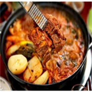 脊骨土豆湯