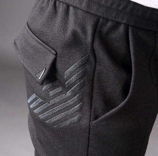 阿玛尼裤子休闲