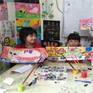 艾涂图国际儿童美术中心展示