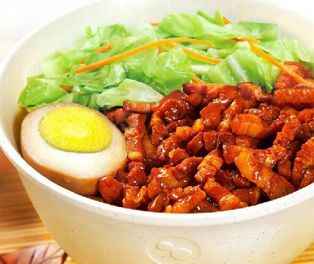 锅先森台湾卤肉饭丰富