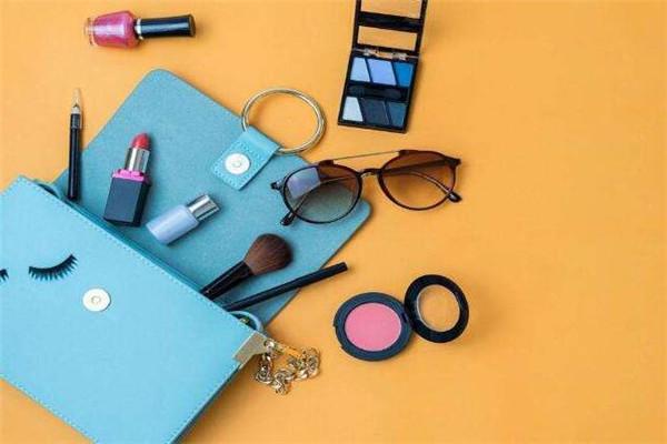 理想生活化妆品化妆包
