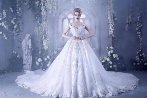澳利莎婚纱高端