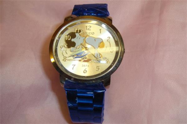 snoopy手表可爱
