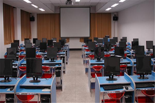 新远识教育项目教室