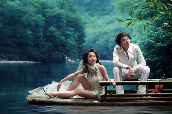 视觉婚纱摄影湖上