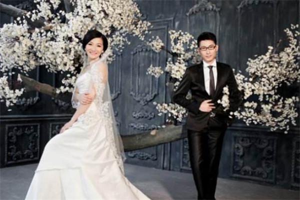 龙摄影国际婚纱连锁集团婚纱照
