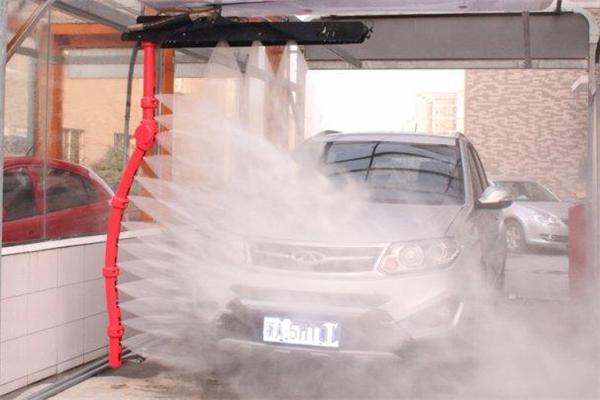 水斧全自动洗车机洗车前