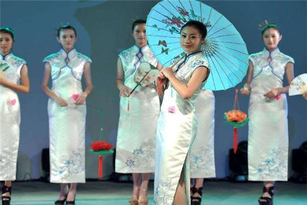 织造府女装旗袍加盟