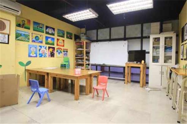 艾涂图国际儿童美术中心特色