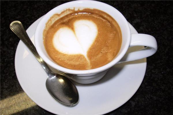 真品咖啡盘子