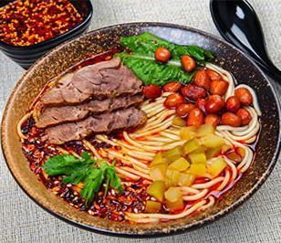 锅先森卤肉饭面条