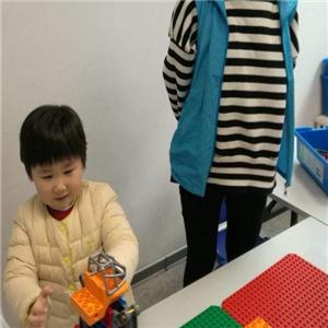 棒棒堂亲子活动中心玩具