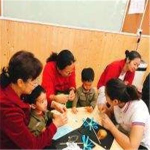 袋鼠麻麻托育園學習