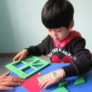 东方金字塔识字开发孩子的思维能力