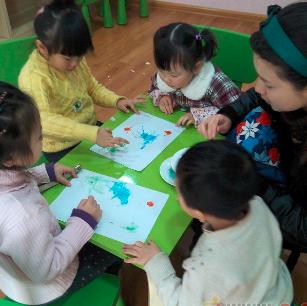 东方金字塔识字培养孩子的语言表达能力