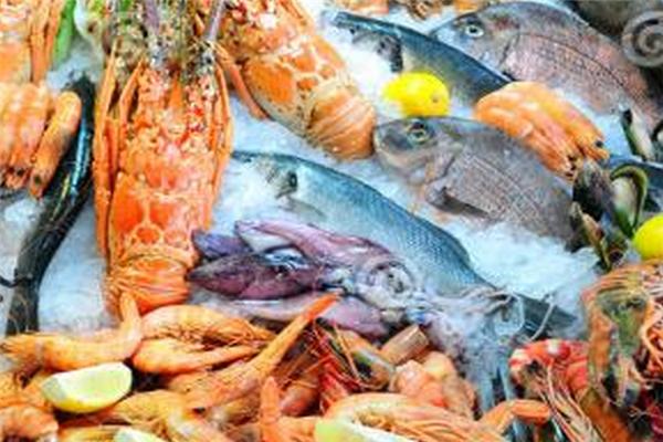 海鲜鱼市新鲜