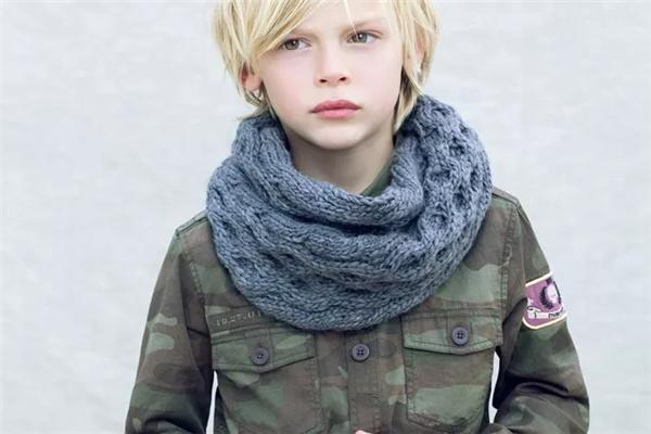 Zara Kids服装夹克