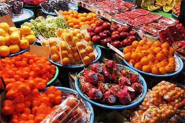 鲜又多水果量贩超市特色
