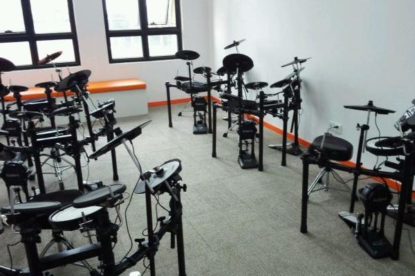 音聯邦流行音樂學校效率