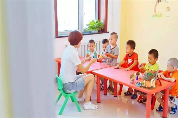 东方金字塔识字培养孩子的兴趣