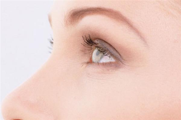 金健康葉黃素保護眼睛