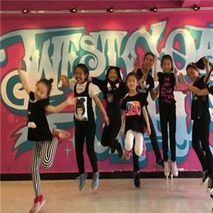 爱琴海少儿舞蹈团团队