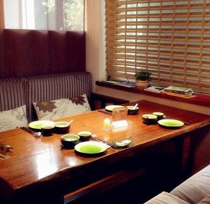 宝香厨素食餐厅餐桌
