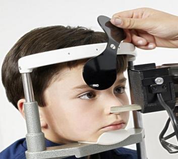 亮晶晶視力保健訓練中心視力檢查