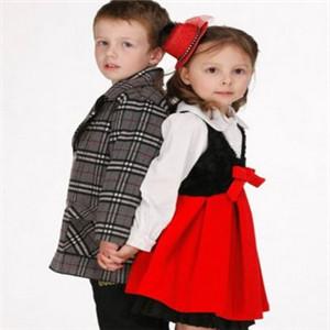 埃西童装时尚