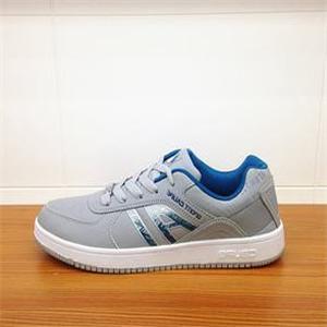超杯运动鞋舒适