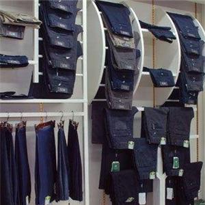 啄木鸟服装质量