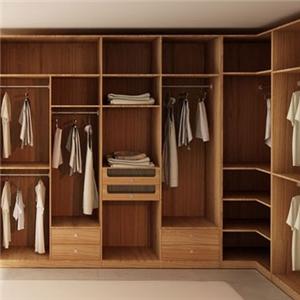 大自然衣柜空间
