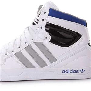 阿迪休闲鞋品牌