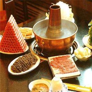 串门铜锅涮肉