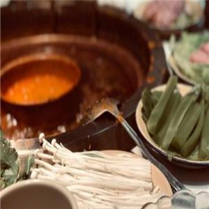 十盘九碗市井火锅品牌