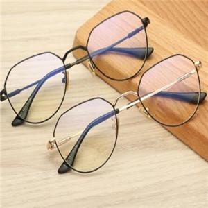 雷迪森眼镜