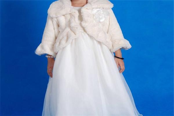 漂亮宝贝童装白色