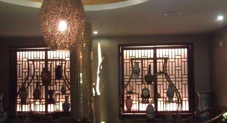 宝香厨素食餐厅灯光