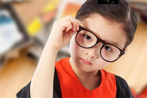 亮晶晶視力保健訓練中心視力校準