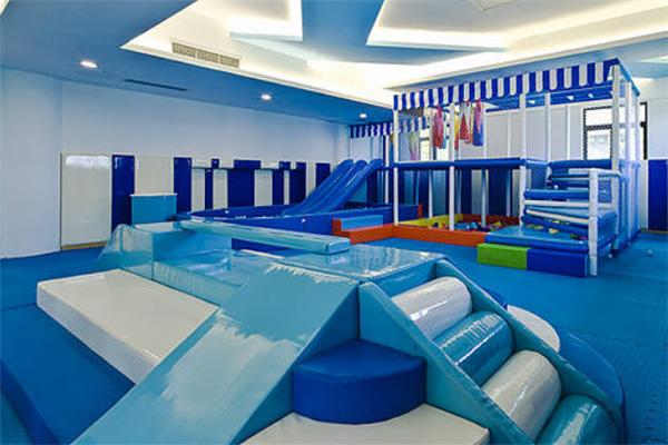 碧漾亲子游泳俱乐部设施