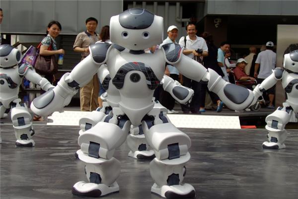 乐喜机器人教育特色