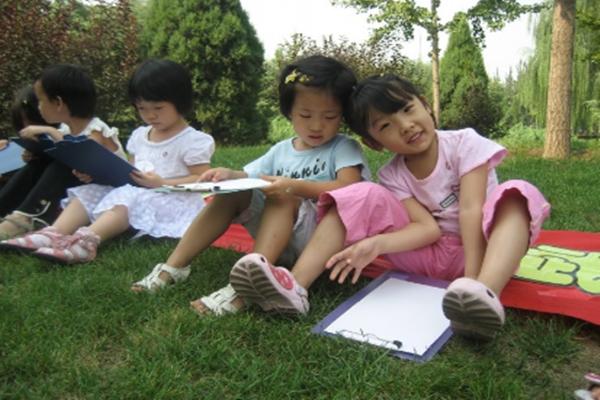 能量娃儿童学习馆儿童玩耍