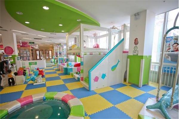 星际传奇儿童乐园环境