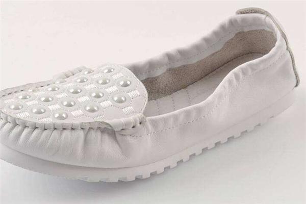 木林森女鞋休闲