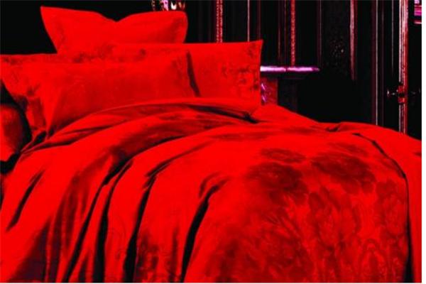 愛閣家紡紅色